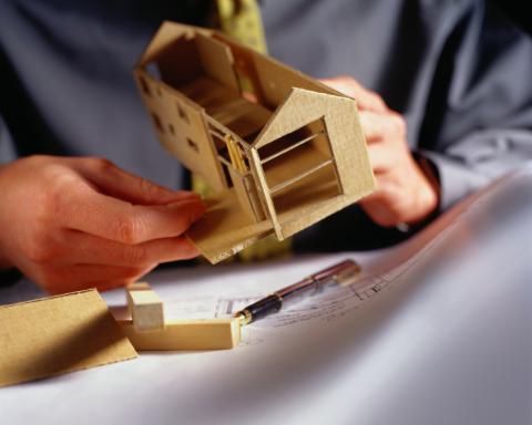 Доля в обьекте недвижимости? Как продать? Что делать? ответ у нас